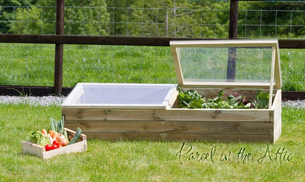 Large Wooden Sleeper Cold Frame Mini-Greenhouse